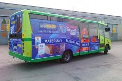 Reklama na autobusie komunikacji miejskiej. BZM Cieśla w Bolesławcu