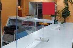 Osłona zabezpieczająca z plexiglas 4 mm do rejestracji przychodni