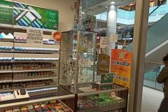 Osłona z plexi na ladę kompleksowa zabudowa do sklepu tytoniowego 5