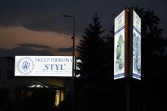 Kasetony LED i pylon dwustronny LED z licem z banera BACKLIT