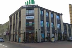 Kompleksowe wyklejanie witryny siedziby biura oddziału firmy Promedica24 Leszno Wielkopolskie