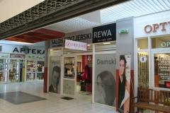Kompleksowe wyklejanie witryny salonu fryzjerskiego REWA w Bolesławcu